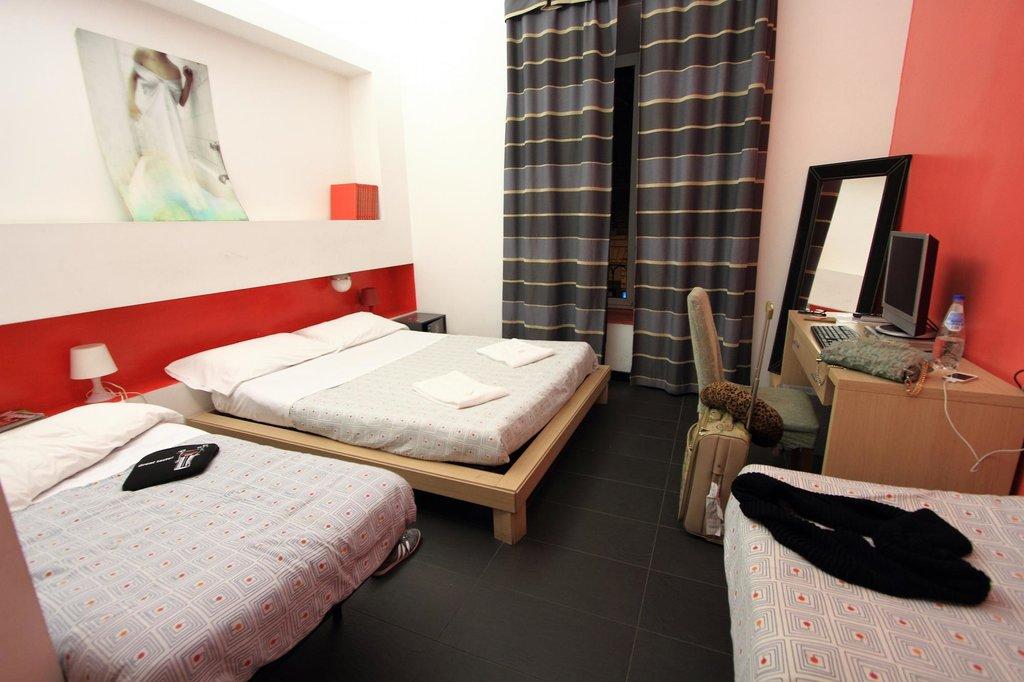 Living Room Hostel Hotel