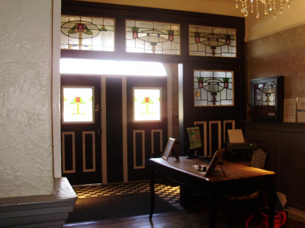 ボーランド ロッジ ホテル