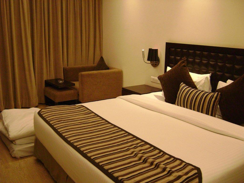 薩基特27酒店