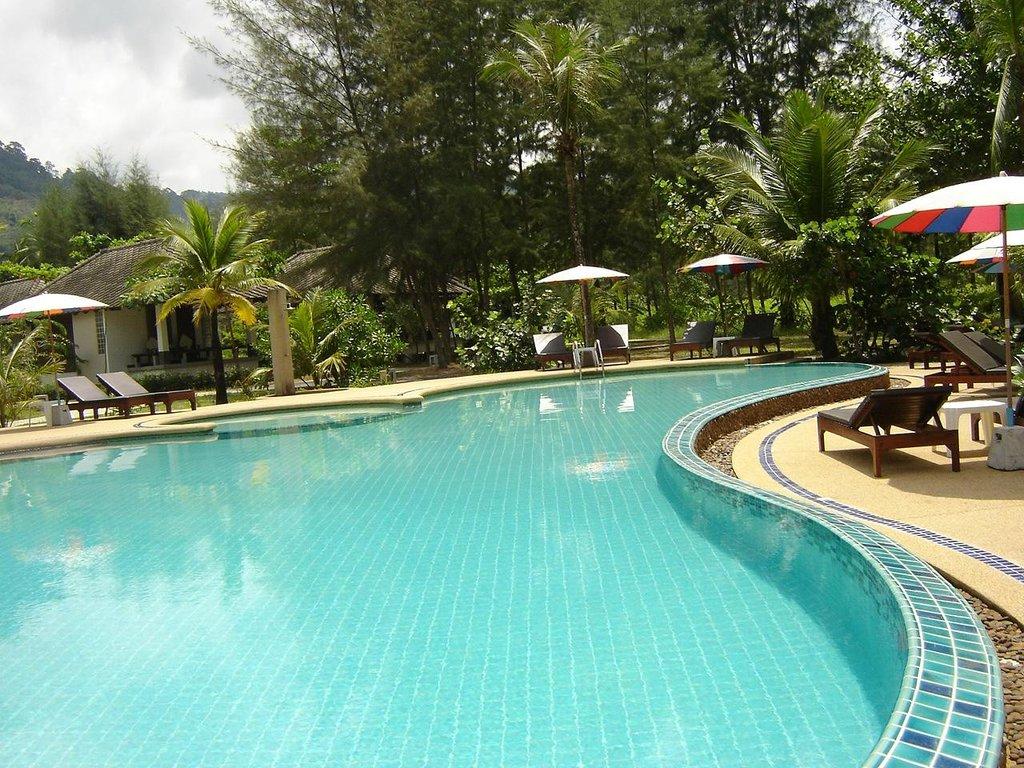 Lah Own Beach Resort
