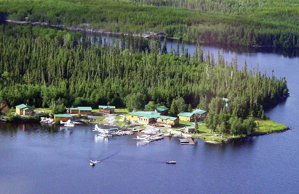 Dogskin Lake Lodge