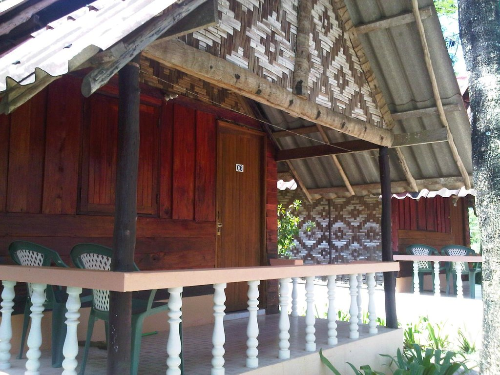 Lanta Emerald Bungalow