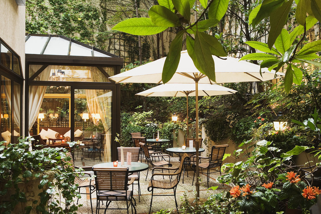 Garden Elysee Hotel