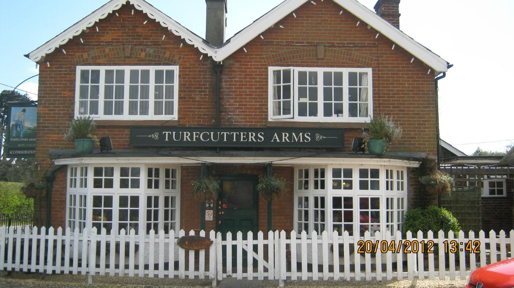 ‪The Turfcutters Arms‬