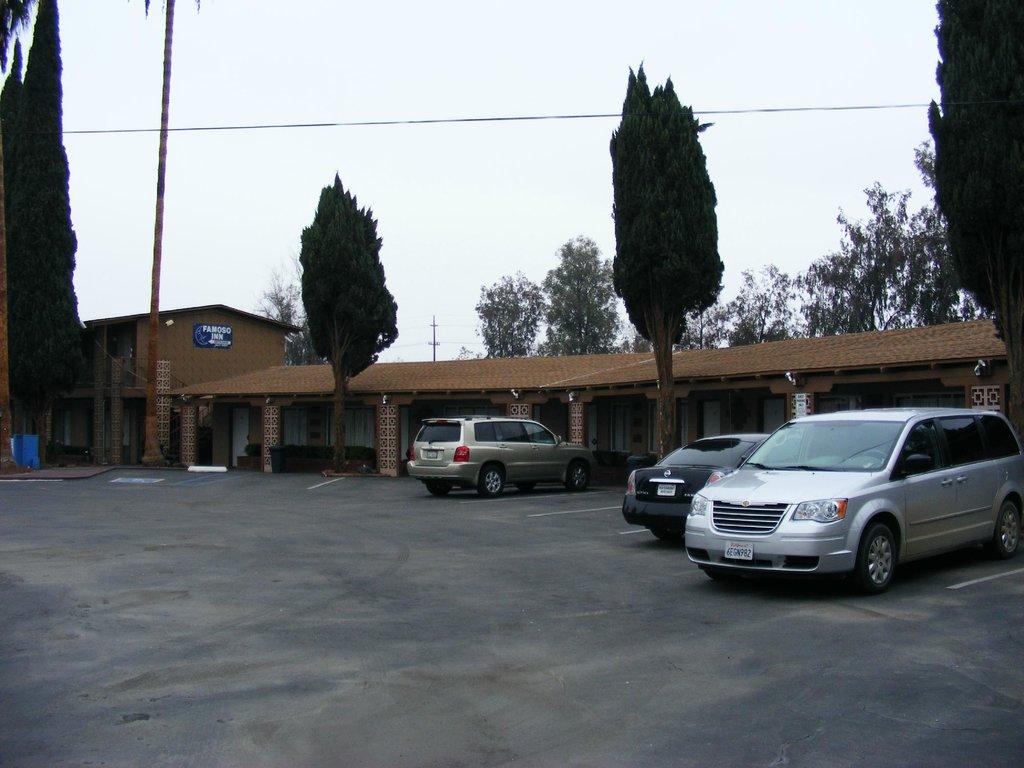 Famoso Inn