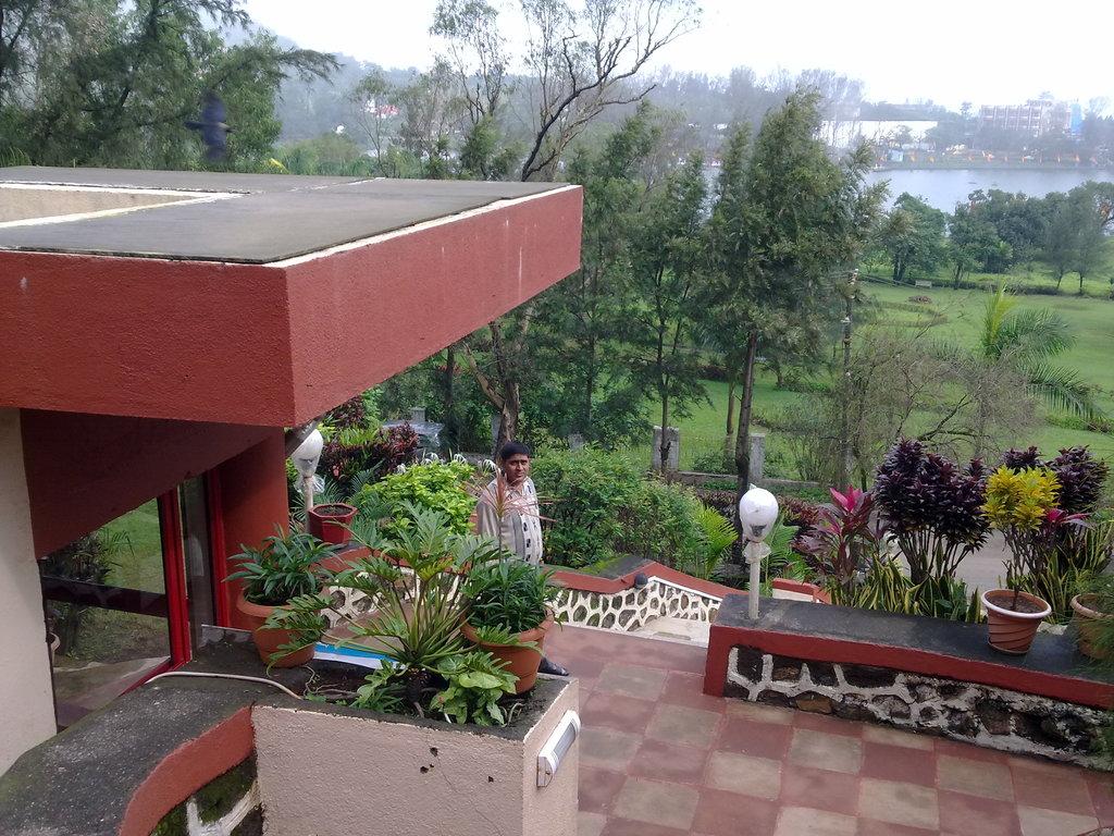Hotel Anando