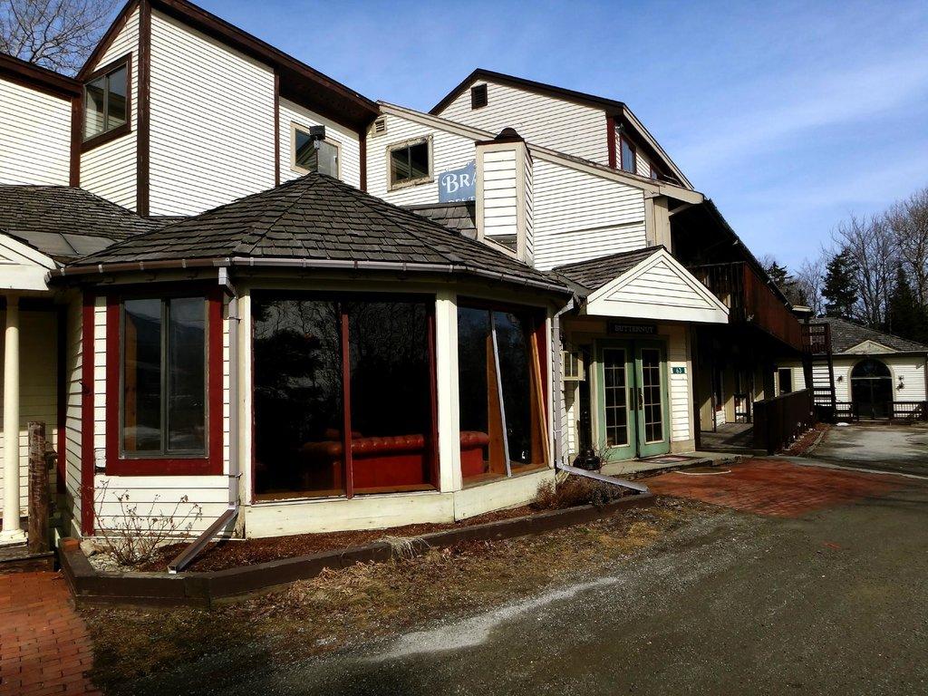 Butternut Inn and Pancake House