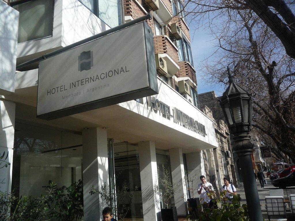 Internacional Hotel