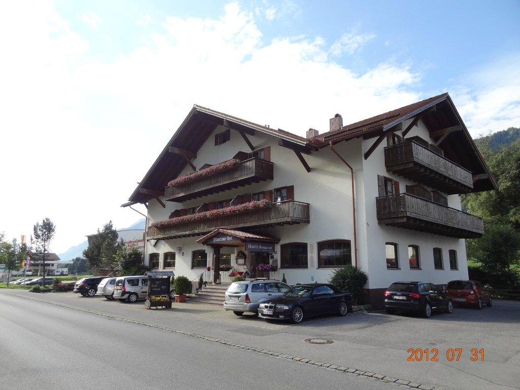 プフロンテナー ホフ ホテル