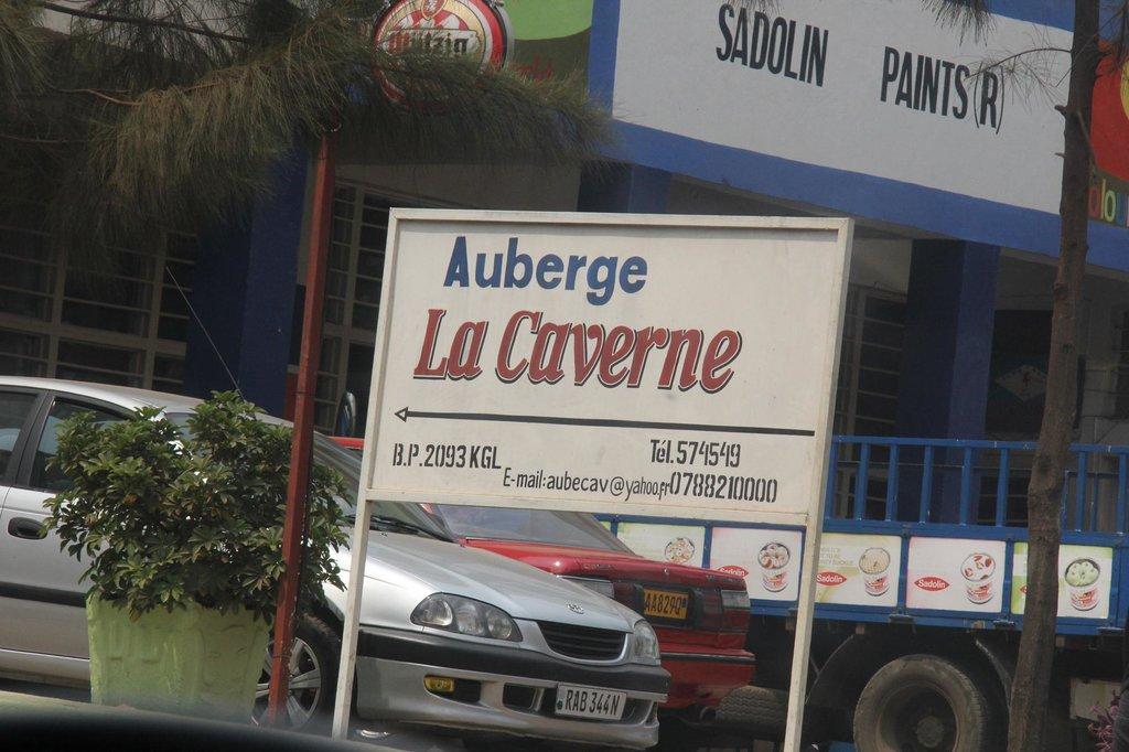 Auberge La Caverne