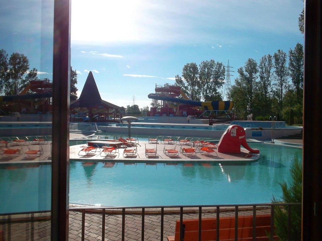 Hotel Termalkristaly Aqualand