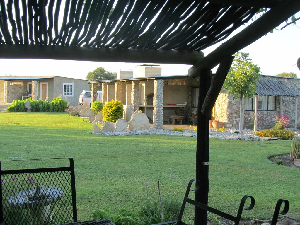 Eldorado Guest House & Camping