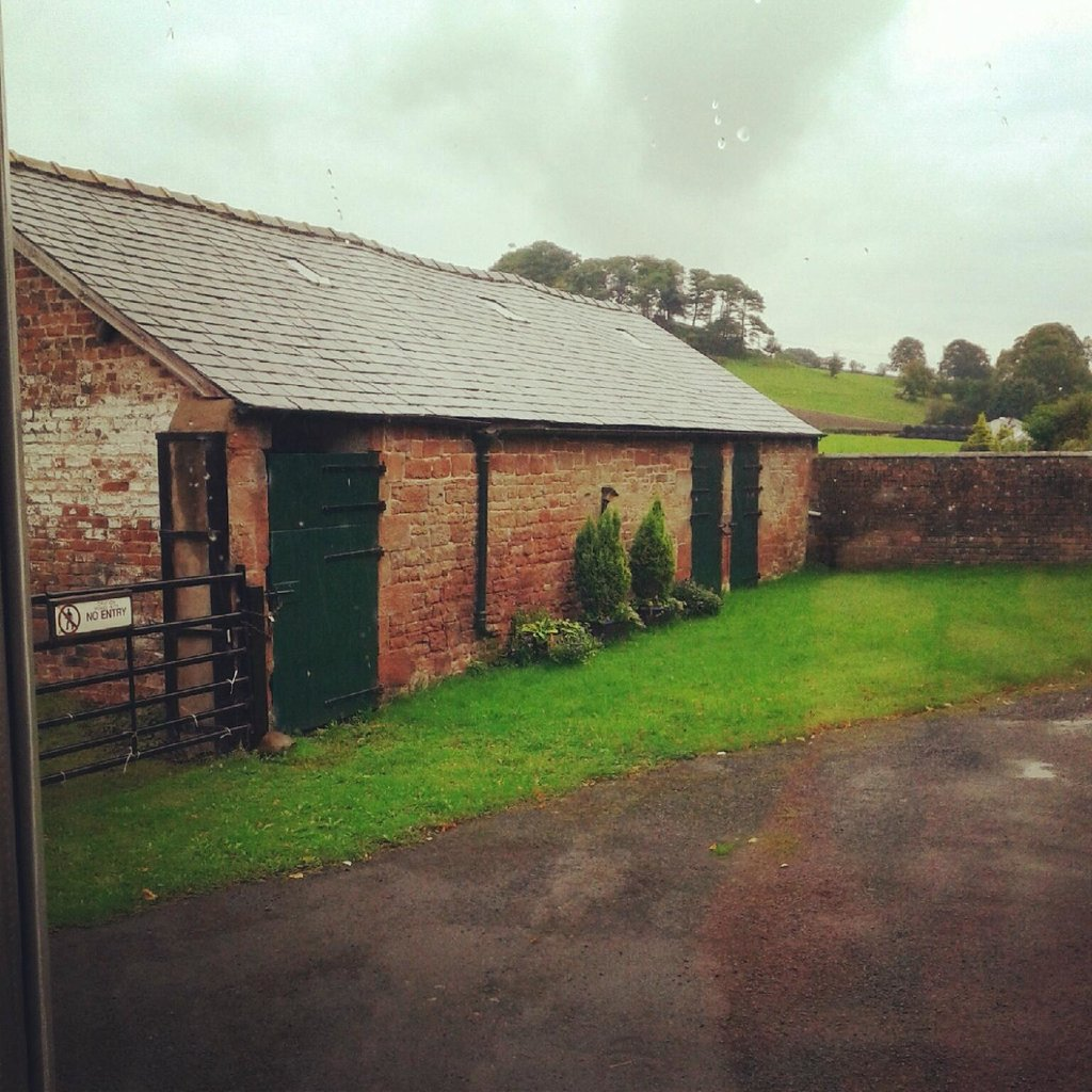 Vallum Barn