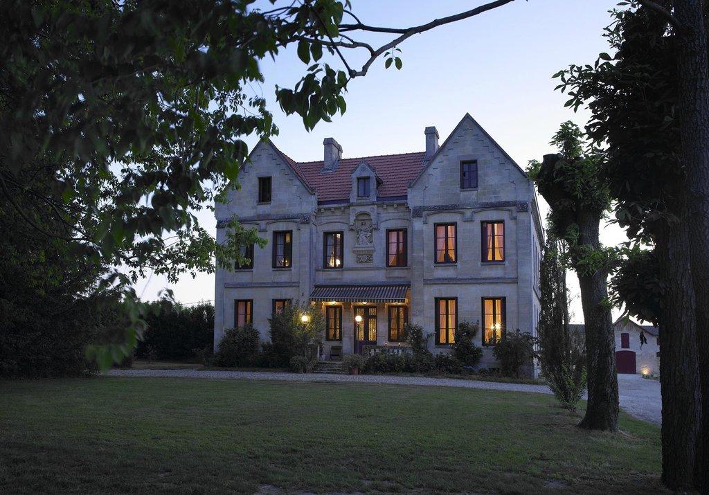 Chateau Lavergne-Dulong - Chambres d'hotes