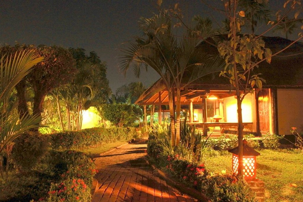 Sayung Backpacker Bungalows & Waterpark