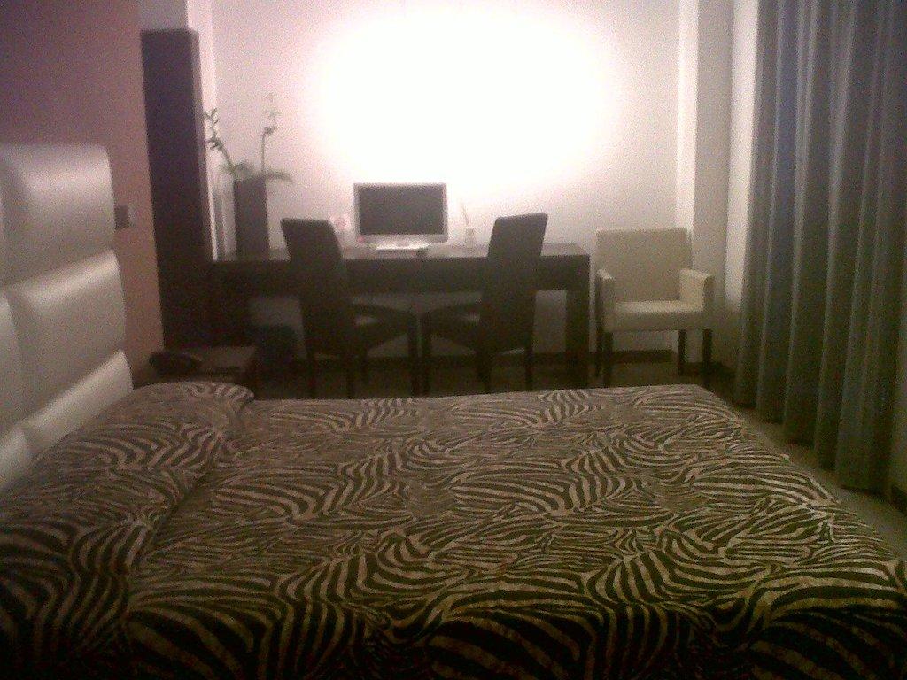 Hotel EX-L