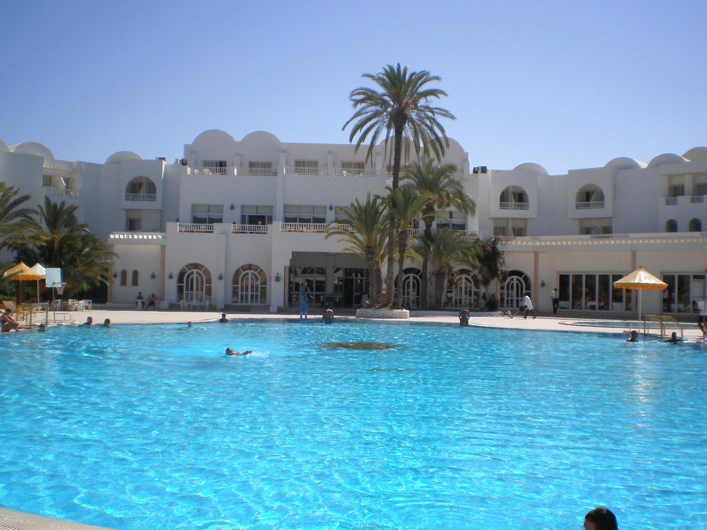 Isis Hotel and Spa