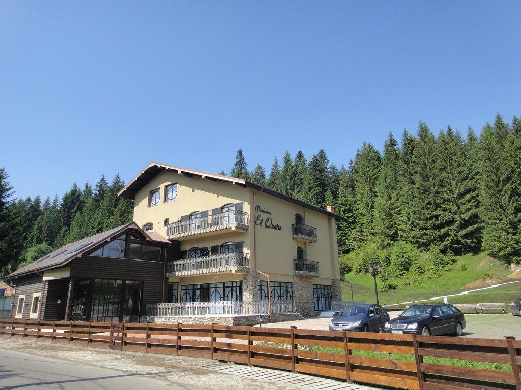 El Quatro Guersthouse