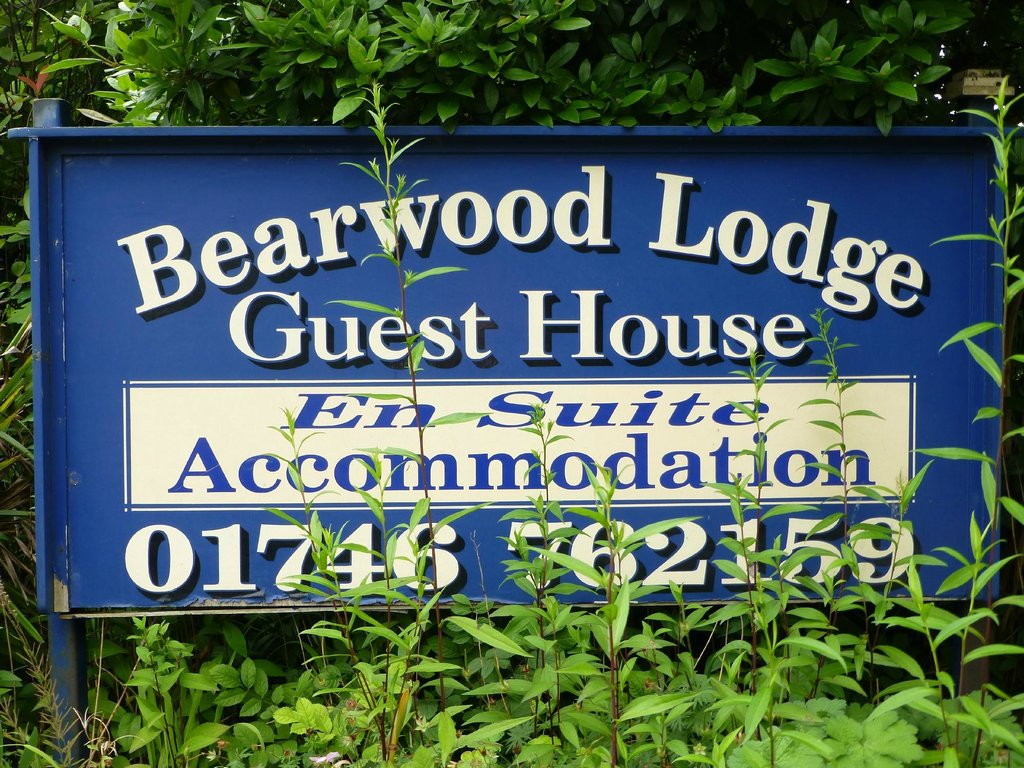 Bearwood Lodge Guest House