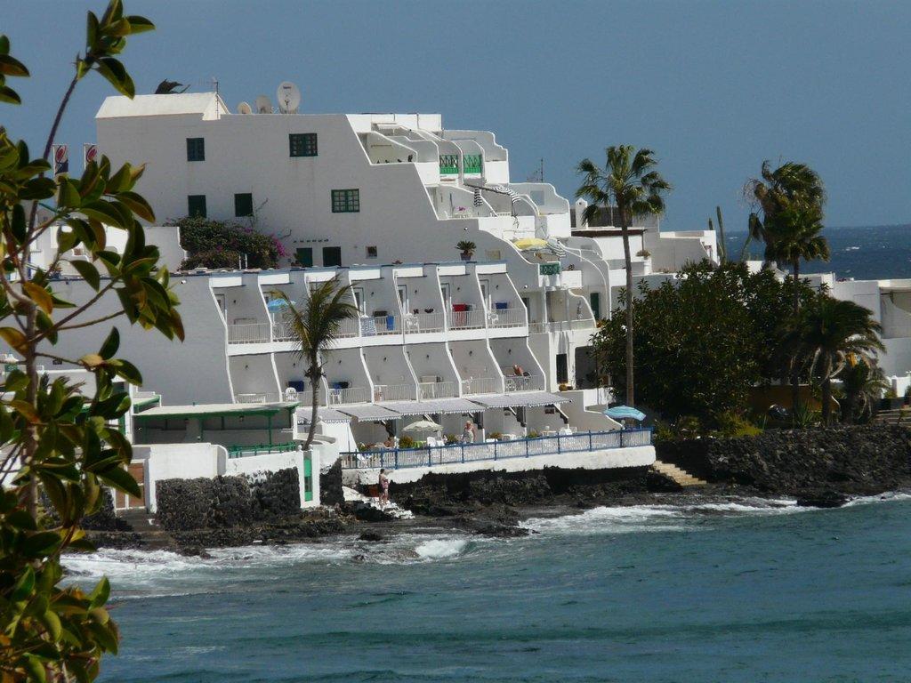 Cabrera Apartments
