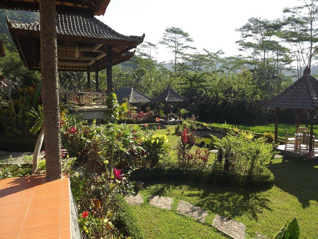 豪偉山景別墅度假村