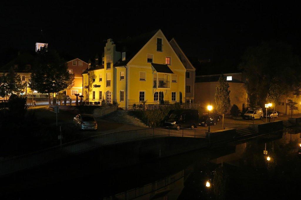 Hotel-Cafe Drei Kronen