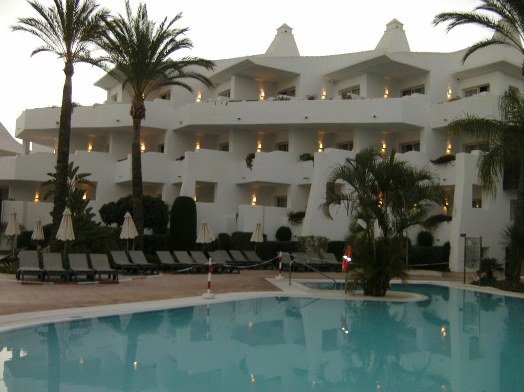 H10 Estepona Palace