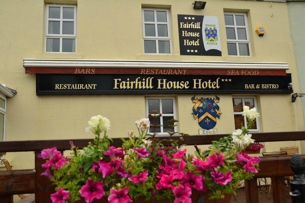 ‪Fairhill House Hotel‬