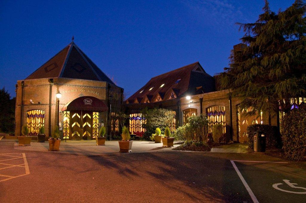 Templeton Hotel