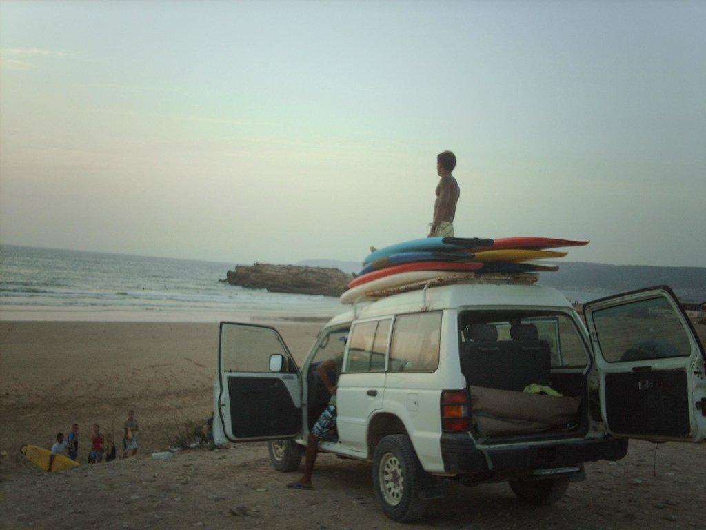 摩洛哥阿羅哈衝浪營