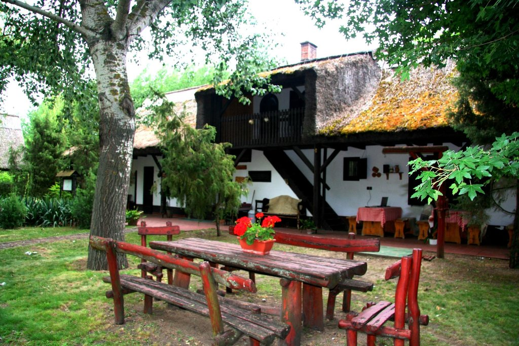 Kondor Eco Lodge