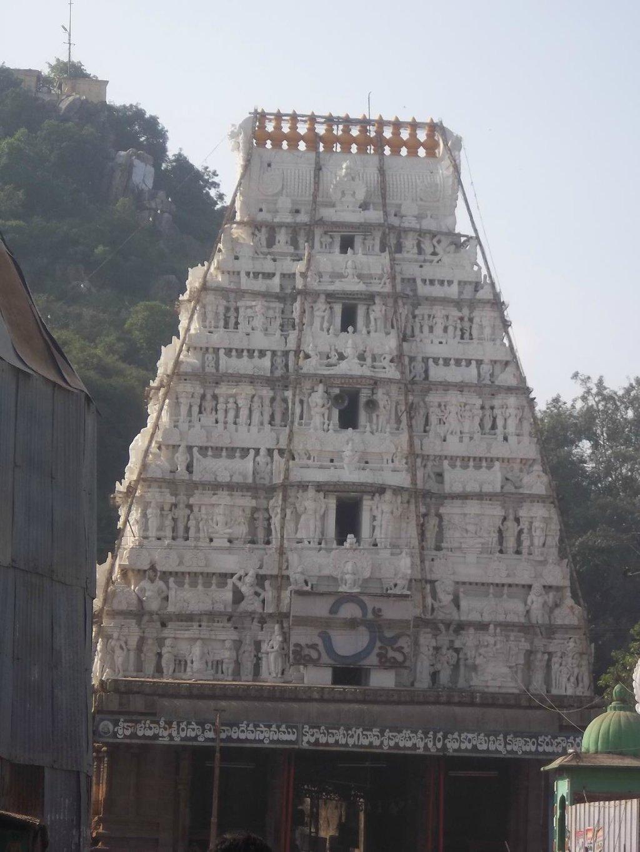 Things To Do in Sahasra Linga Temple, Restaurants in Sahasra Linga Temple
