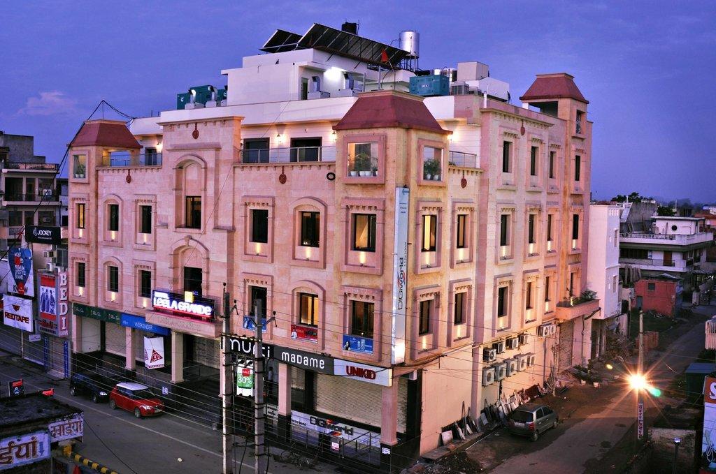 Leela Grande Hotel