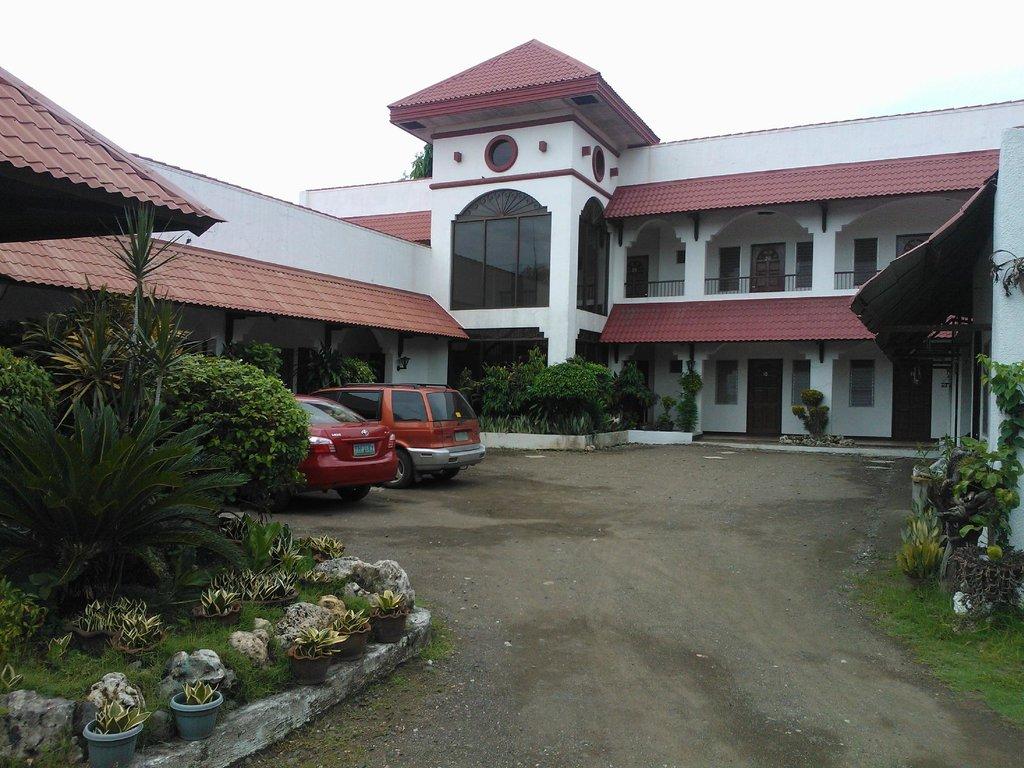 Skyland Hotel and Restaurant