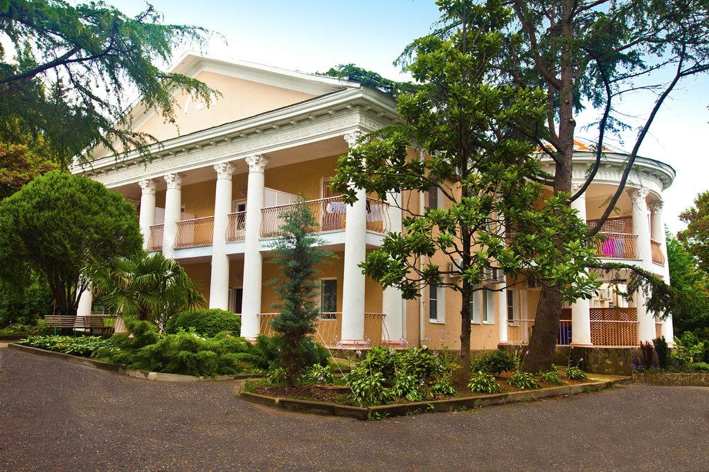Atelica Nebug Hotel
