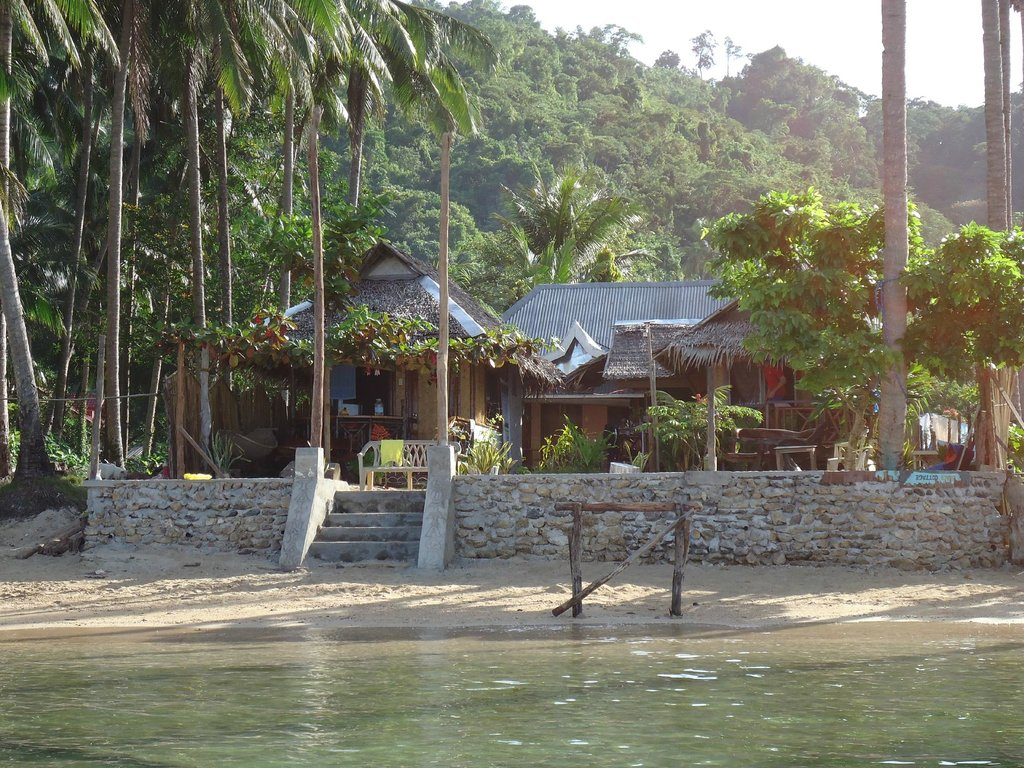 Talindak Beach Cottages