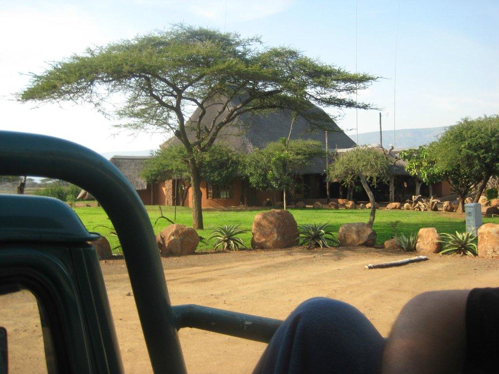 Nisela Safaris