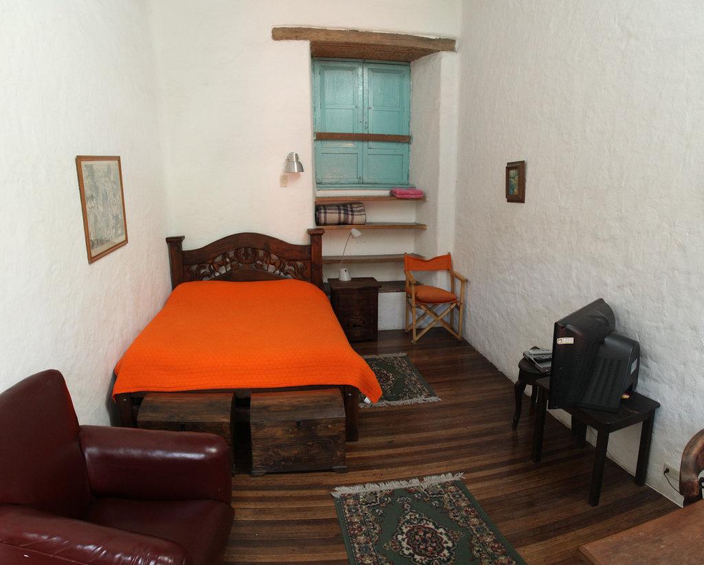 Anandamayi Hostel