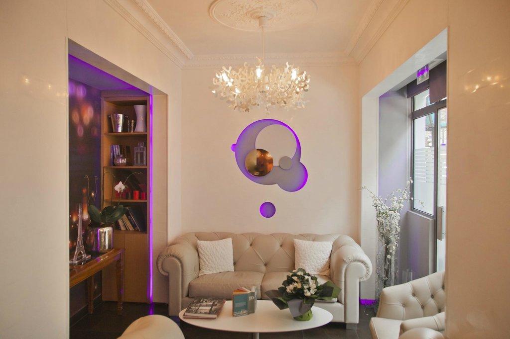 Hotel Lumières Montmartre Paris