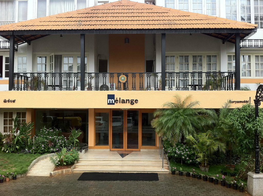 ‪Melange Luxury Serviced Apartments‬