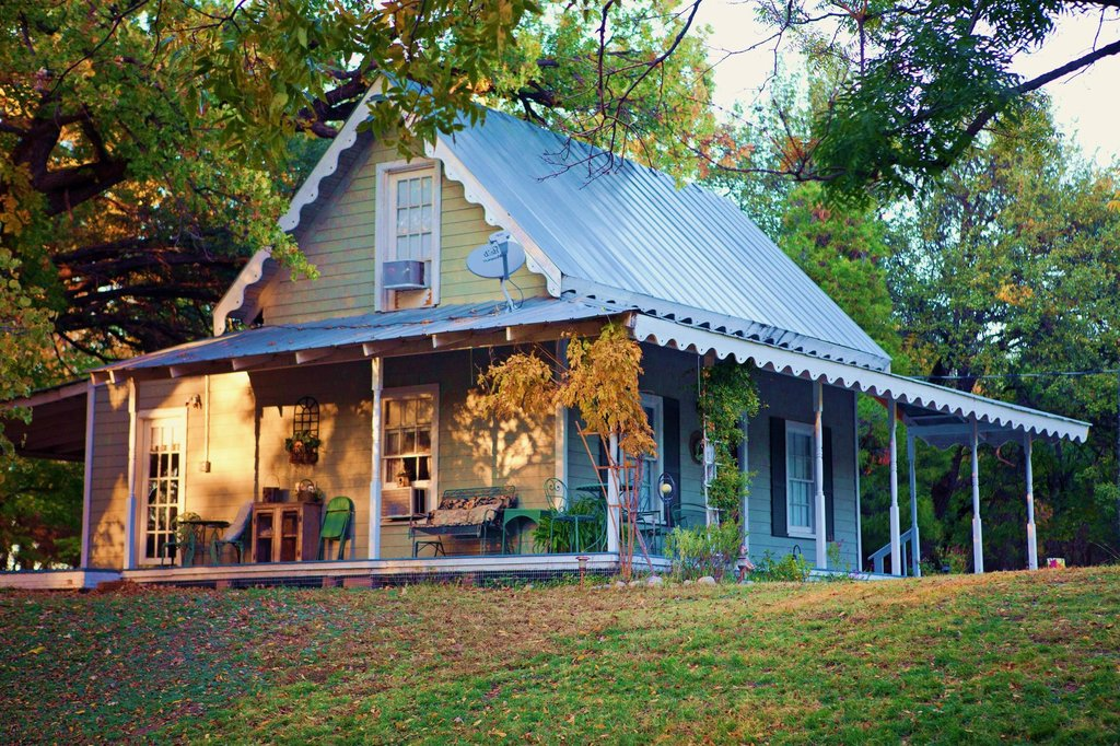 Morning Glory House Bed & Breakfast