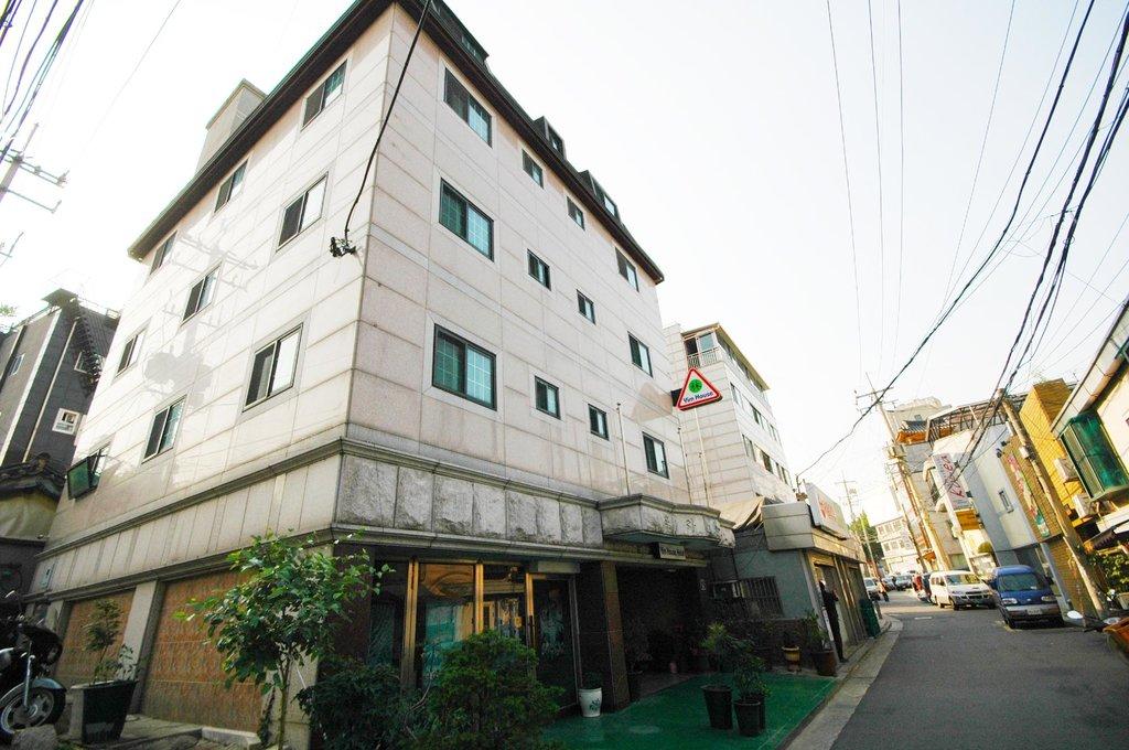 Yim's House