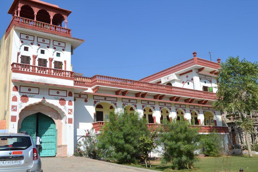 Tordi Palace