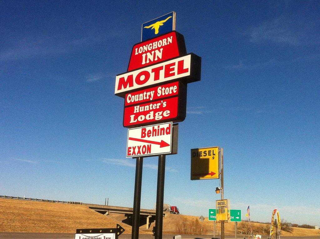 Longhorn Inn Motel