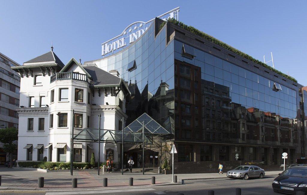 โรงแรมซิลเคน อินดาอุทซึ