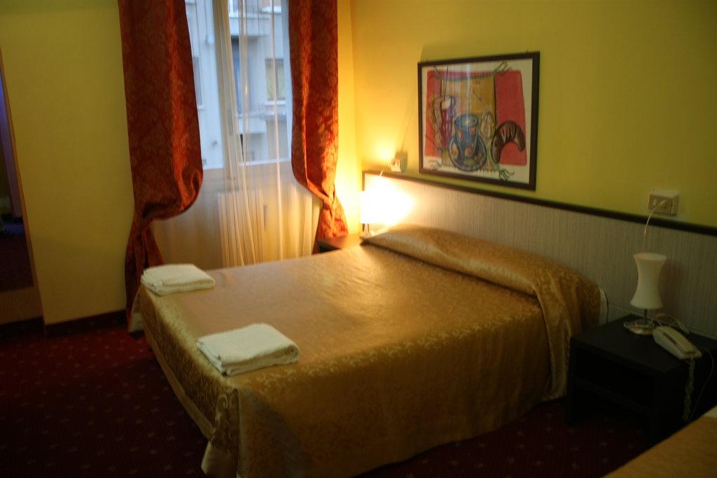 ホテル ルガーノ