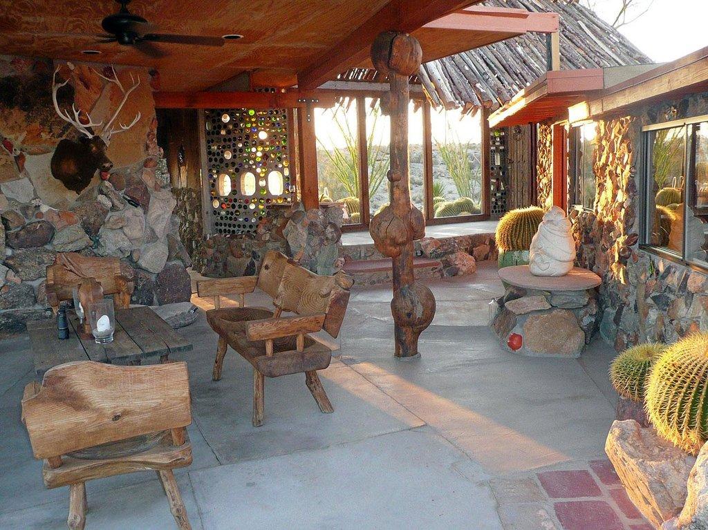 Mojave Rock Ranch Cabins