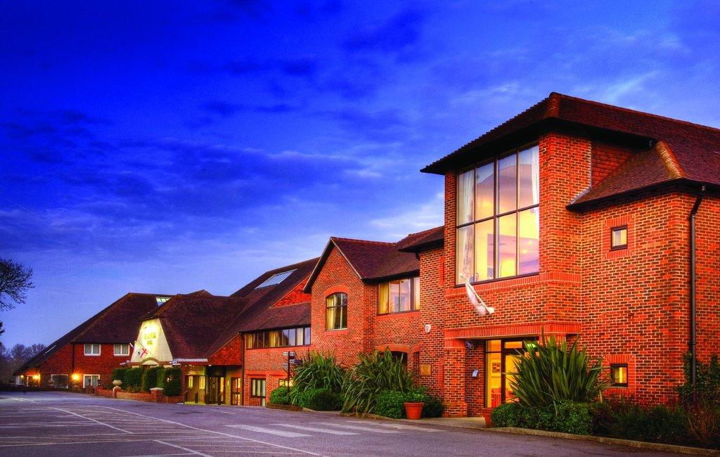 達勒希爾飯店及高爾夫俱樂部