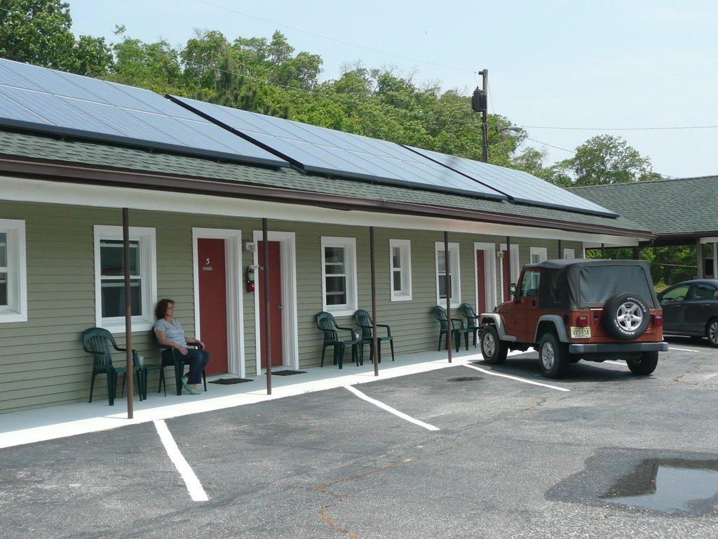 Reeves Motel
