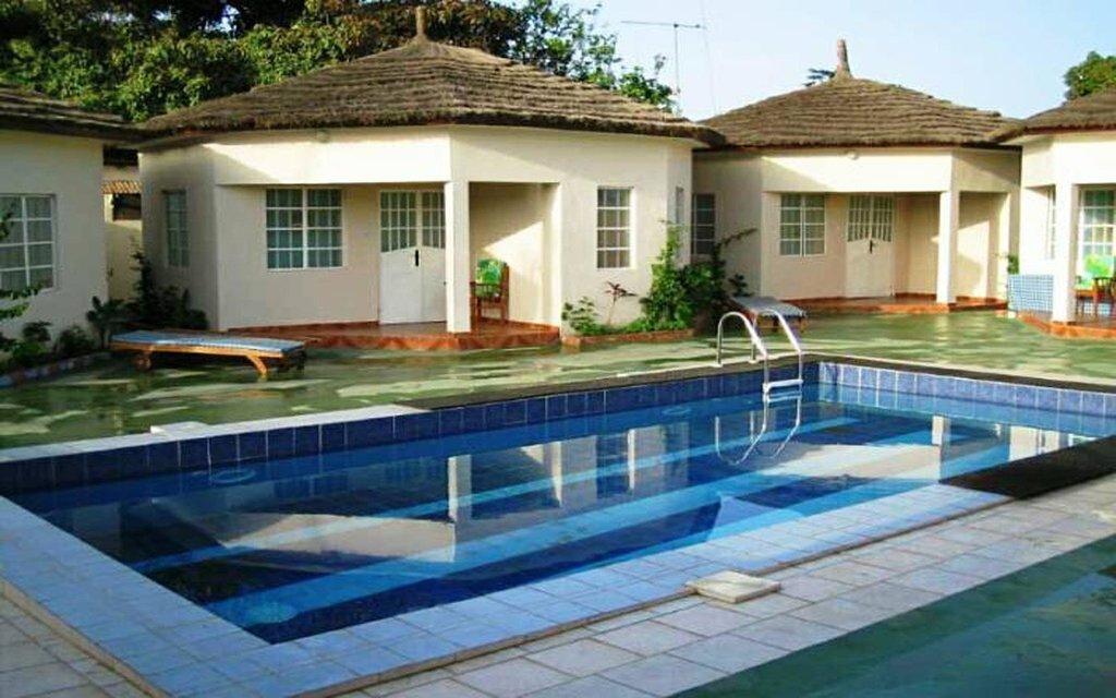 Bakau Lodge